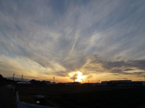 今日の夕陽です