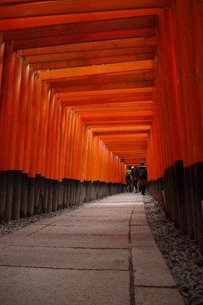 伏見稲荷神社ツー1702-007b