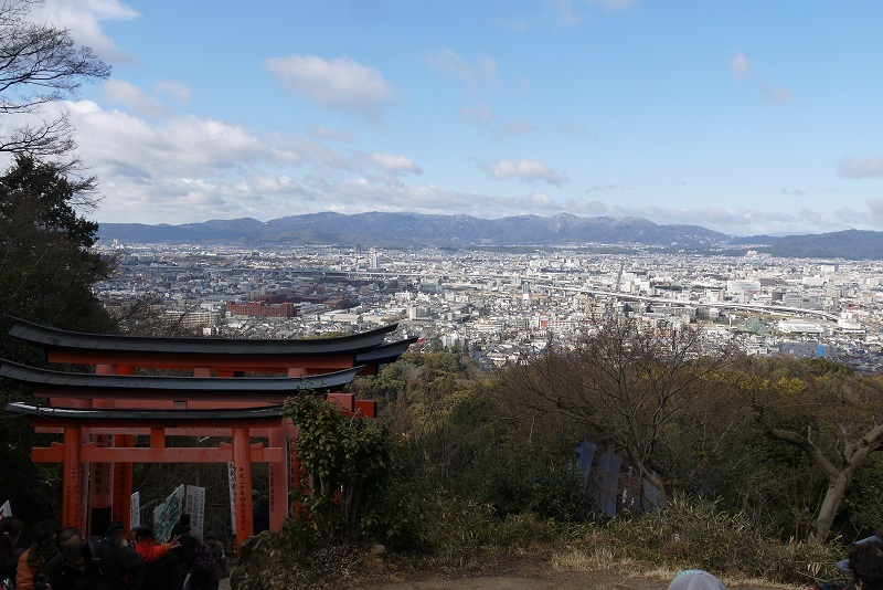 伏見稲荷神社ツー1702-013b
