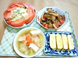 170214_4456 本日の料理・ポテトサラダ・酢豚(鶏団子)・白菜と厚揚げの煮物・だし巻き玉子VGA