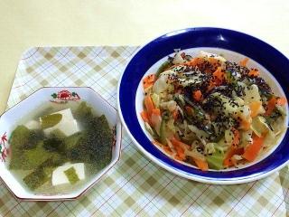 170418_4592 豆腐とワカメのスープ・茹で野菜の胡麻味噌和えVGA