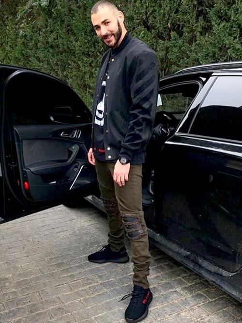 カリム・ベンゼマ(Karim Benzema):オフ-ホワイト CO ヴァージル アブロー(OFF-WHITE CO VIRGIL ABLOH)アミリ(Amiri)アディダス(Adidas)