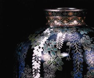 藤図花瓶部分