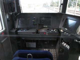 西武40000系運転席