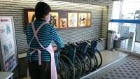 病院入口の車椅子