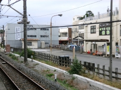 鶴瀬駅ターンテーブル
