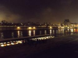 パリ_セーヌ川3