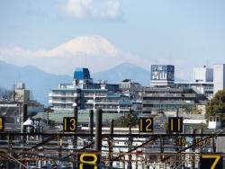 20170303三鷹跨線橋からの富士山6
