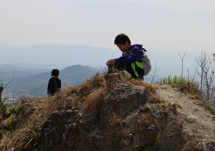 トカミ山頂上で 29.3.18