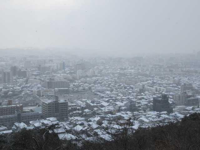 IMG7939JPG雪雲の小倉市街地