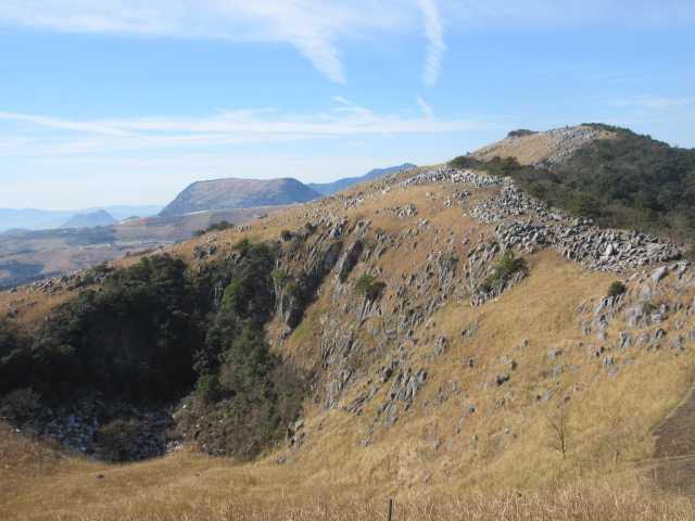 IMG8220JPG小穴と大平山