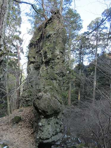 IMG8373JPG筆立岩