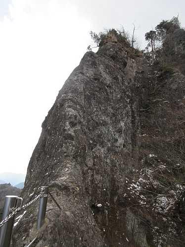 IMG8384望雲台の岩峰JPG