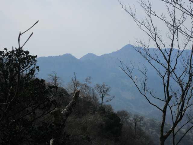 IMG8857JPG岳滅山方向