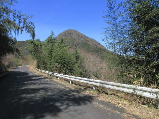 IMG8973JPG今から登る乙村岳