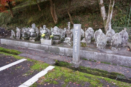 3墓所 (1200x800)
