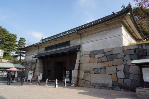 1正門 (1200x800)