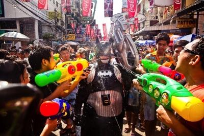 Songkran-khaosan[1]