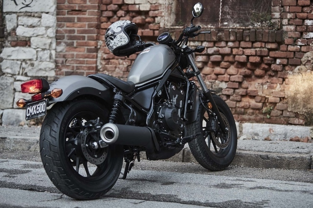 2017-Honda-Rebel-500-300-lifestyle-21 (640x427)