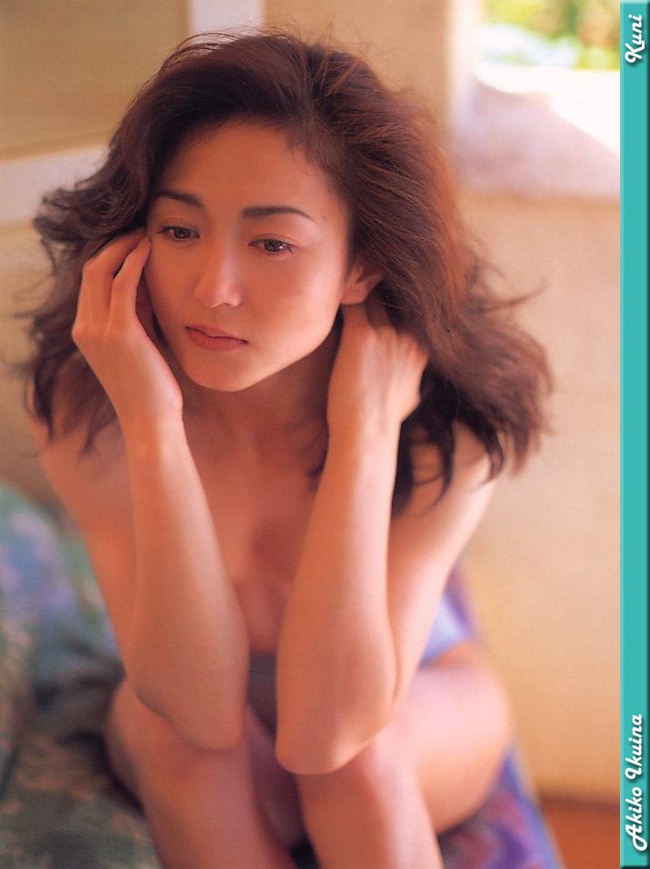 Akiko_Ikuina_05.jpg