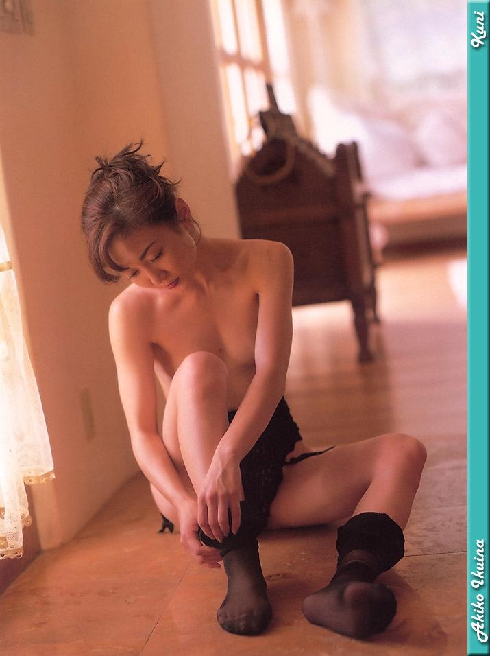 Akiko_Ikuina_36.jpg