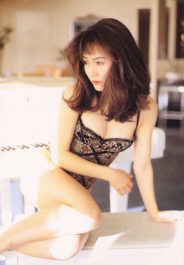Akiko_Ikuina_61.jpg