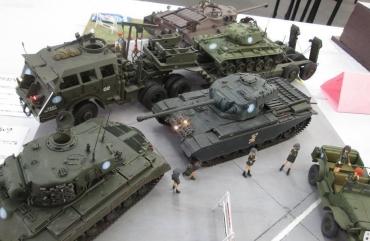 ガールズパンツァー劇場版PV大学選抜チーム島田ありす継続高校アキュリットアーマーセンチュリオンMk-I(AFVクラブセンチュリオンキット)タミヤM26パーシングM24チャーフィーT28重戦車(T28 Super Heavy Tank)T95駆逐戦車M25/M26ドラゴンワゴン(Dragon Wagon)ダッジ WC(Dodge WC)3/4tウェポンキャリア2017静岡AFVの会