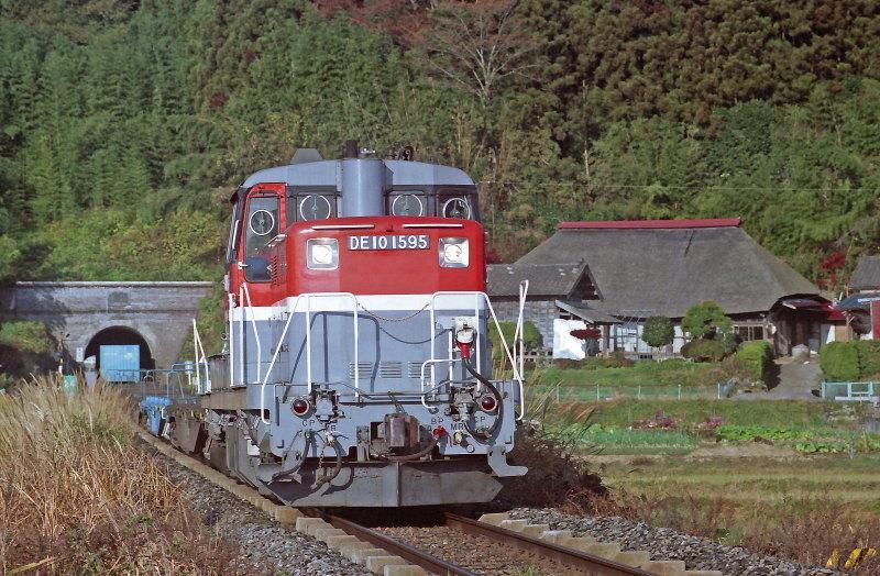 FNO0507_09_DE101595_051125_MAEYACHI_WAKUYA.jpg