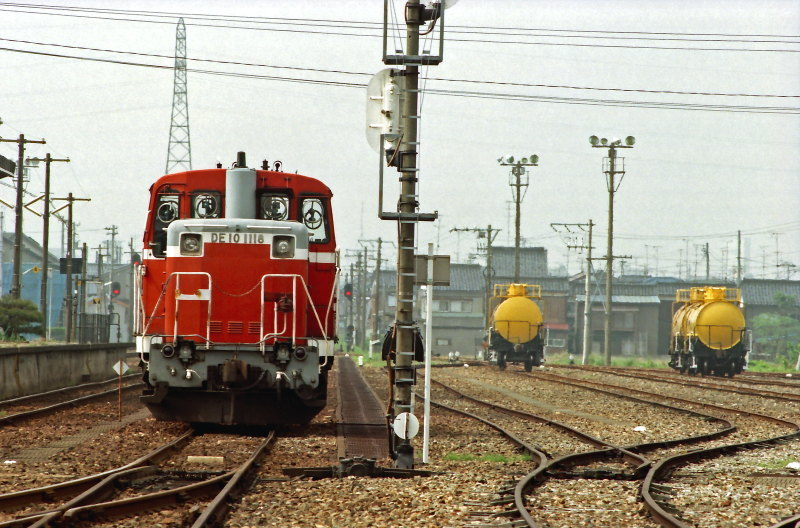 FNO9806_17_DE101118_980428_NOUMACHI.jpg