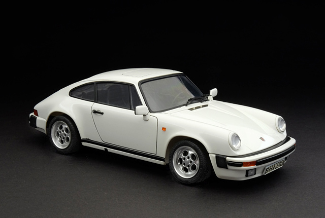 7516 911 Carrera 640×430