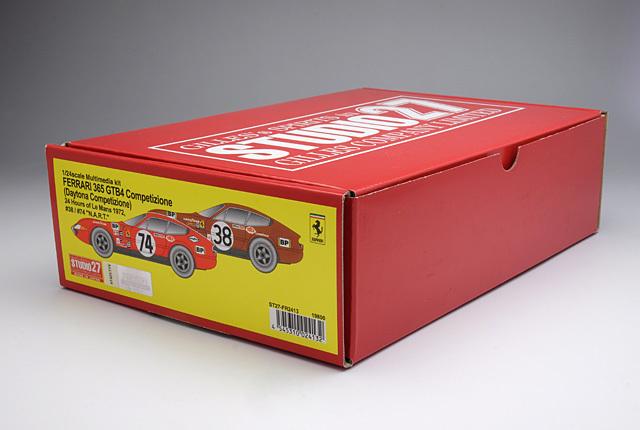 8201 Ferrari 365 GTB4 Conpetizione 640×430