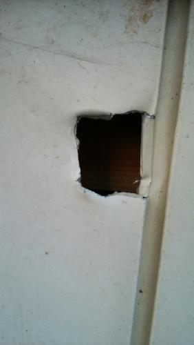 トイレ基礎、壁張り、看板_170418_0003