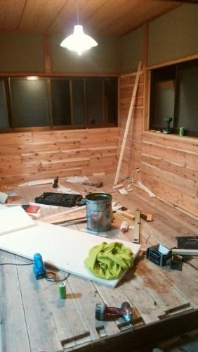 トイレ基礎、壁張り、看板_170418_0021