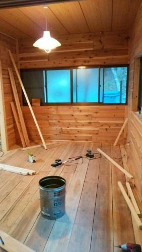 カフェ開業前 内装トイレ看板_170424_0060