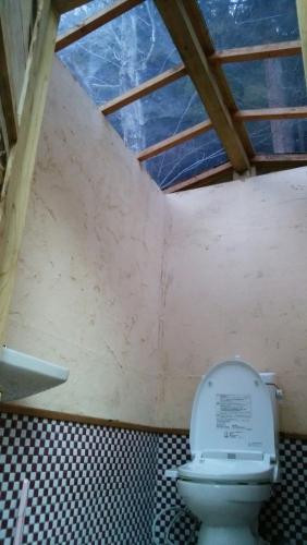 カフェ開業前 内装トイレ看板_170424_0068