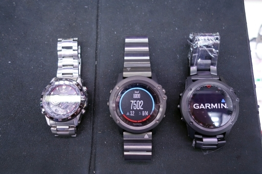 garmin fenix 3J Sapphire と Titanium