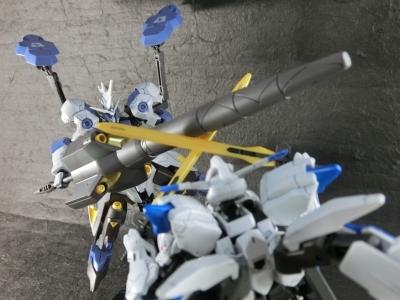 HG-GUNDAM-BAEL-0522.jpg