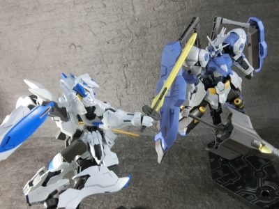 HG-GUNDAM-BAEL-0552.jpg