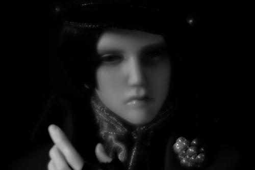 「帝都物語」の加藤保憲としてお迎えした、Ringdoll、Dracula-Style B。