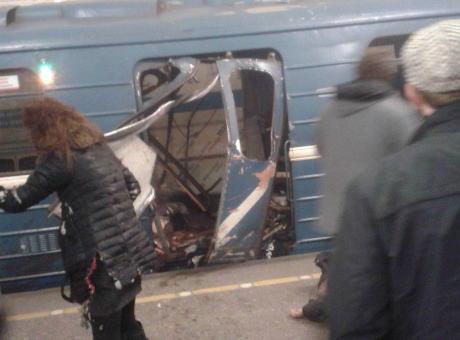 サンクトペテルブルク 地下鉄 爆発音 ロシア レニングラード テロ