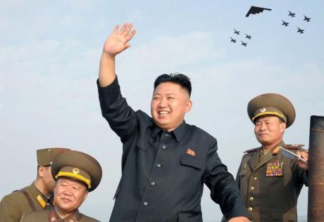 朝日新聞 北朝鮮 核 ミサイル 対話 一発だけなら誤射 パヨク 花畑