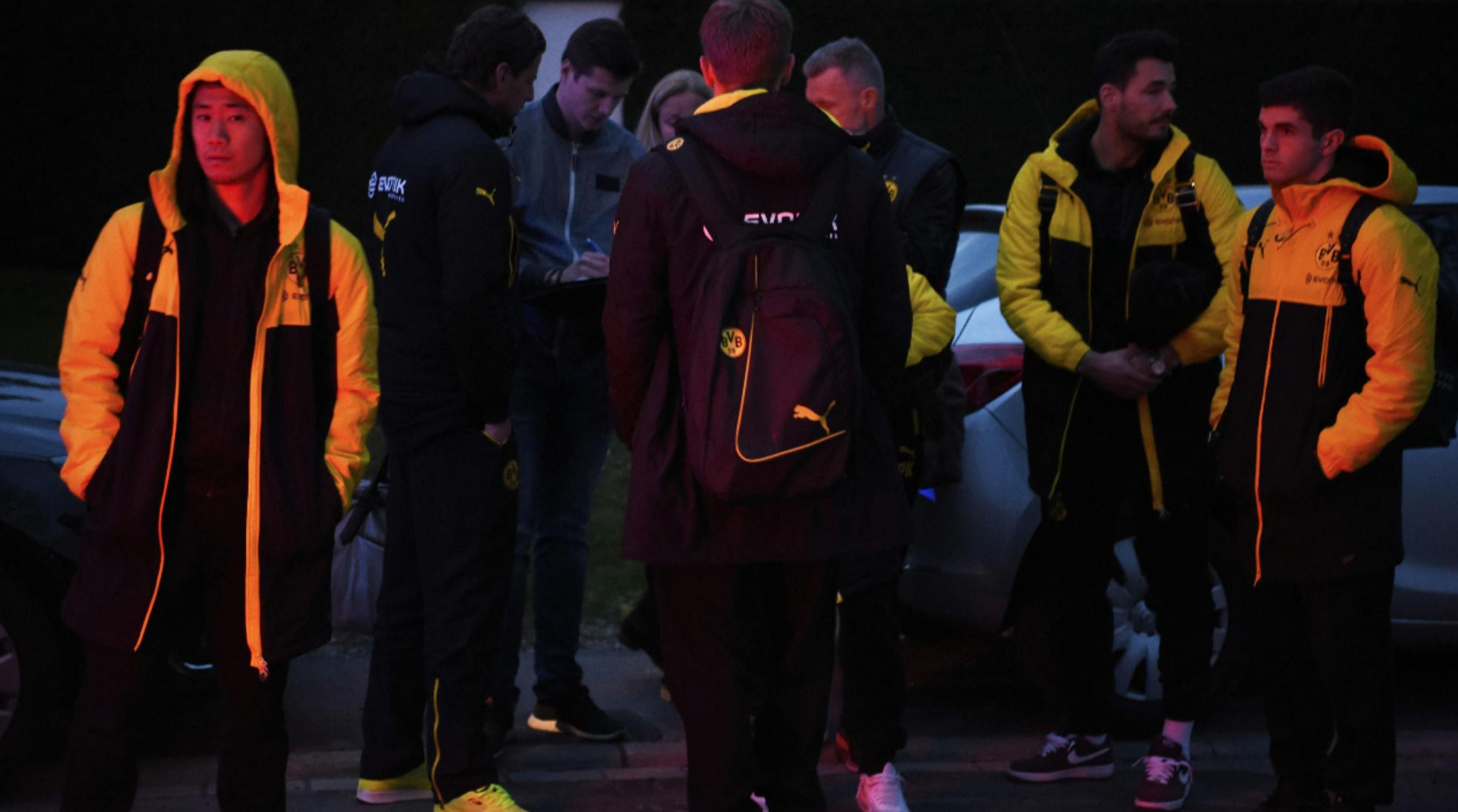 There has been an explosion close to the BVB-teambus, the game against Monaco could be cancelled kagawa