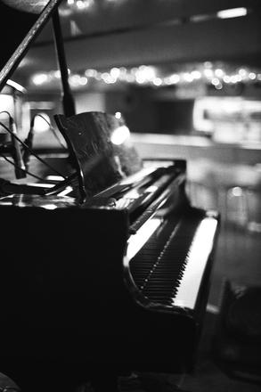 ピアノ JAZZ喫茶 バー
