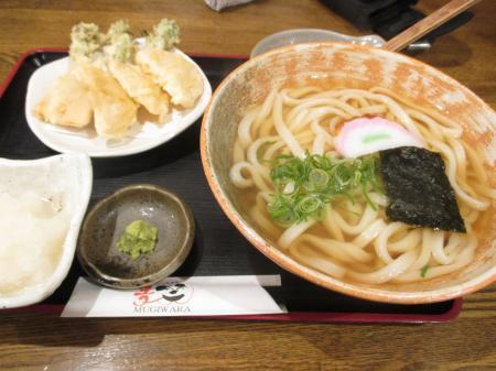 菜の花と筍の天ぷらうどん+大根おろし(わさび付)