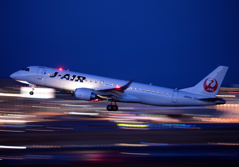 JA241J_E190(20170211).jpg