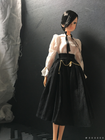 momoko_skirt2.jpg