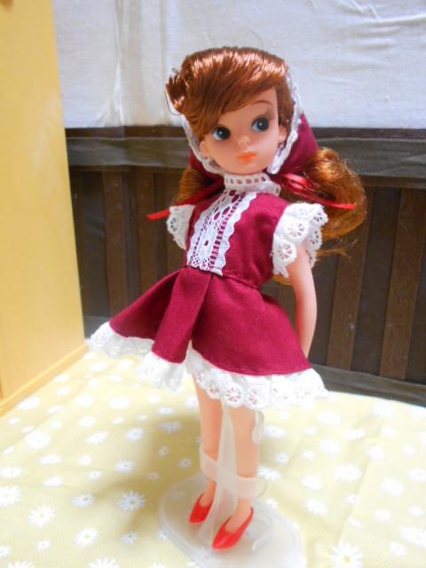 初代リカちゃん 赤ドレス 004