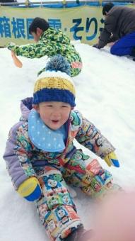 こばぶ初の雪あそび