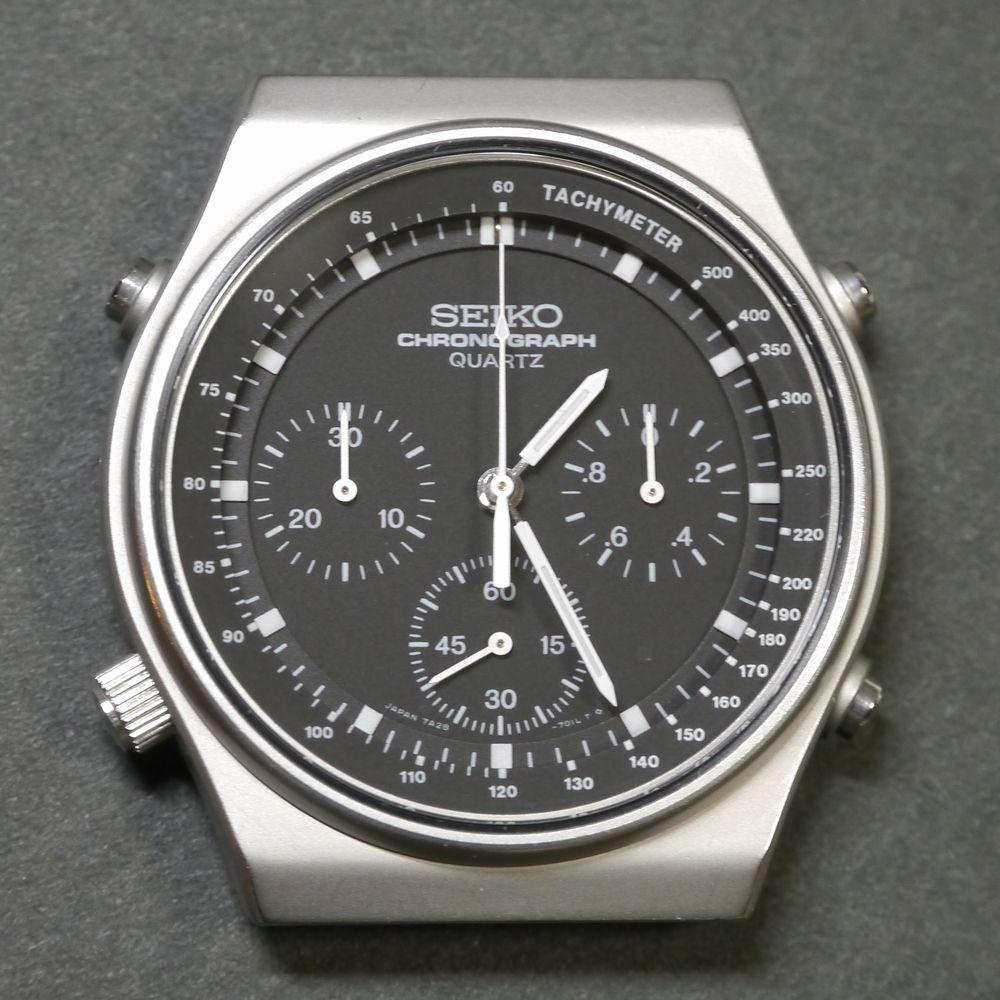 スピードマスター A16