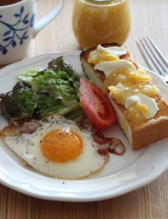 柚子ジャムトーストの朝ごはん